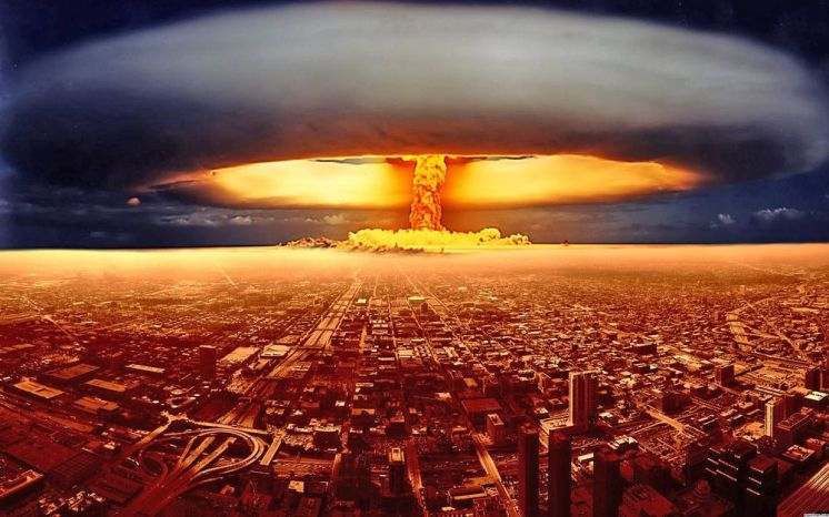 NUCLEAR  ATTACK  OF  FALSE FLAG  IN  U.S.